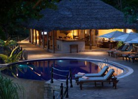 seychely-hotel-cerf-island-resort-020.jpg