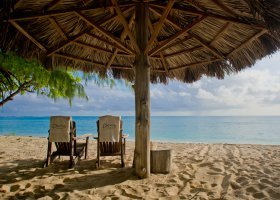 seychely-hotel-denis-private-island-077.jpg