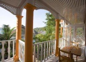 seychely-hotel-le-domaine-de-la-reserve-027.jpg