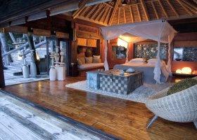 seychely-hotel-north-island-resort-050.jpg