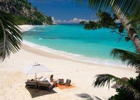 seychely-hotel-north-island-resort-069.jpg