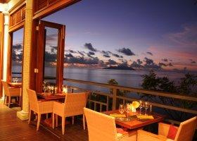 Restaurace Hilltop na večer